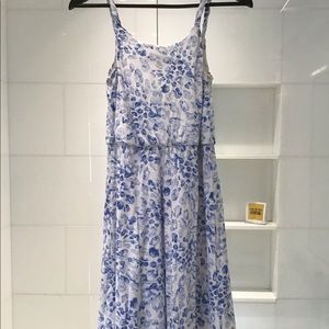 LOFT blue and white floral strap dress size Small